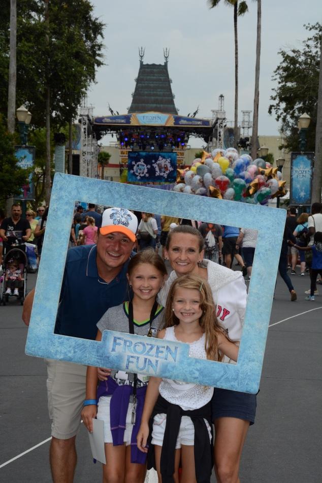 PhotoPass_Visiting_Disneys_Hollywood_Studios_7413737466(1)